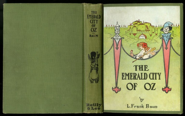 The Emerald City of Oz. Thompson Ruth Plumly.